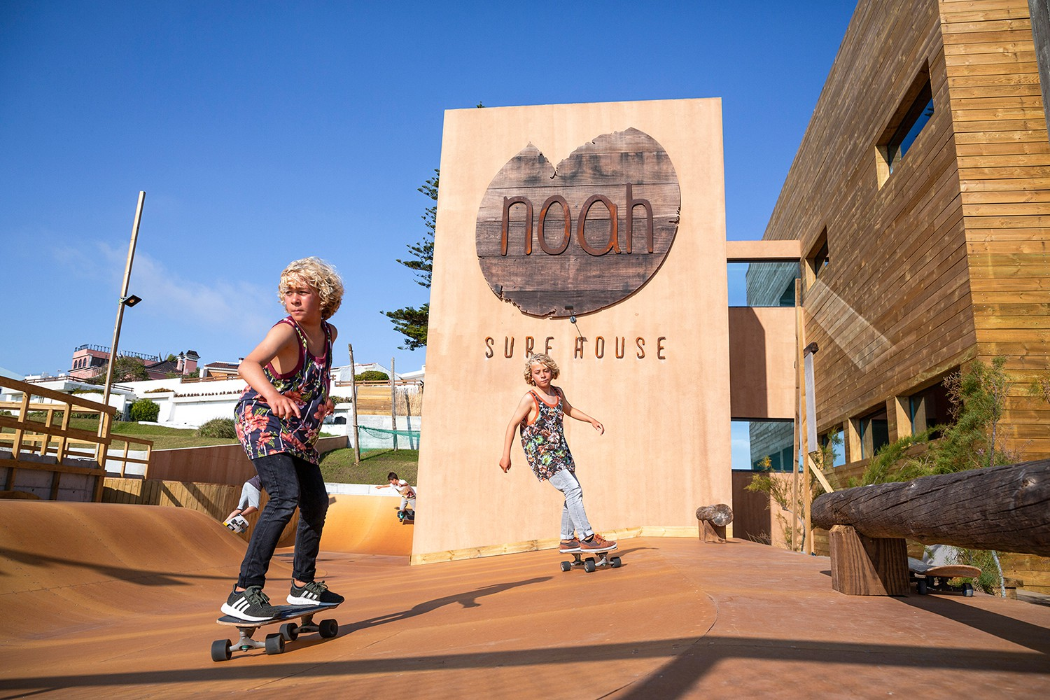 Noah Surf House Portugal f11522a4662